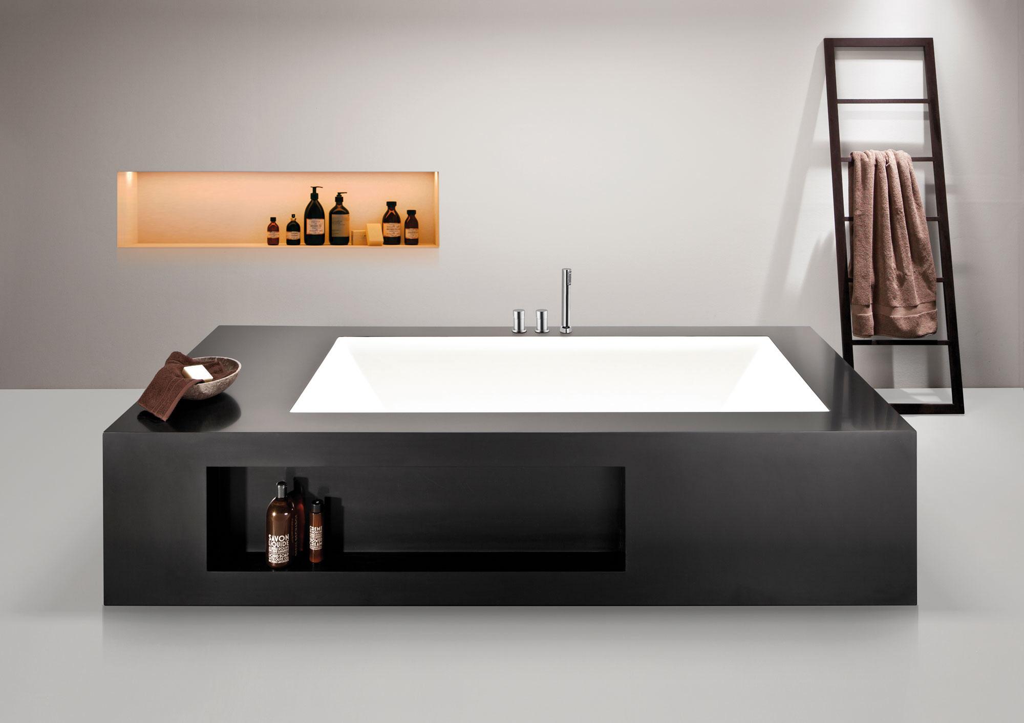 Magefertigte Badewanne